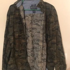 Camouflage button up